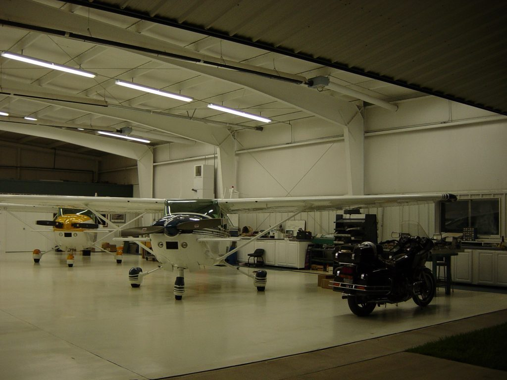 hanger-012-1024x768-1024x768